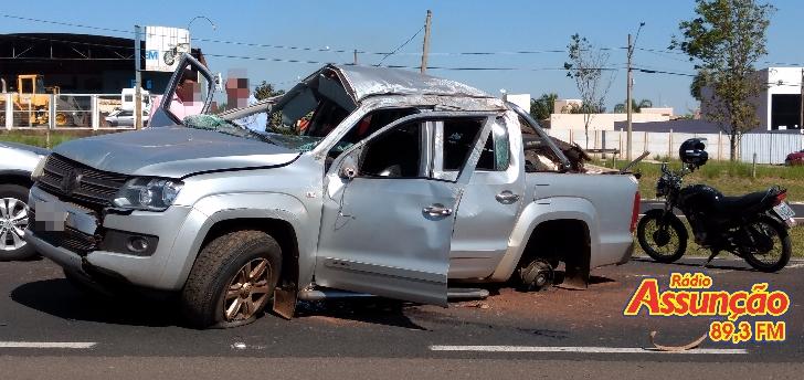 Capotamento fere motorista perto de Jales