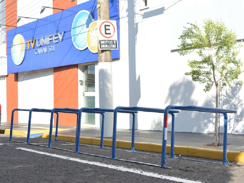 Campus Centro da UNIFEV ganha bicicletário