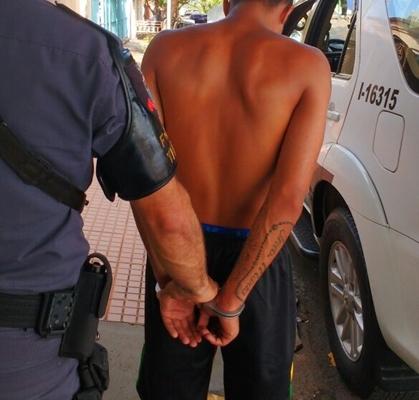 TRAFICANTE FORAGIDO TENTA SE PASSAR POR IRMÃO PRA POLÍCIA