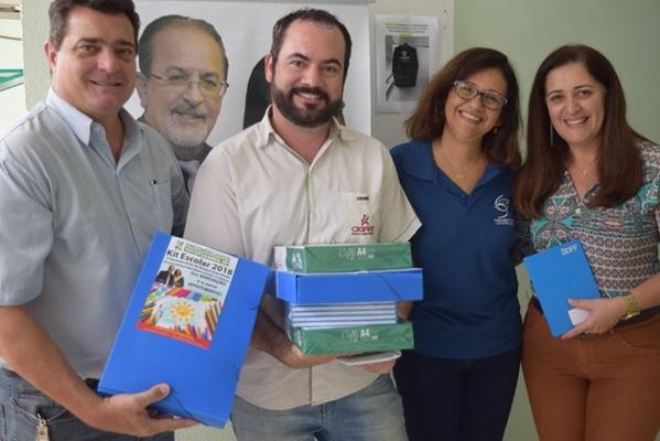 SINCOMERCIÁRIOS DE VOTUPORANGA ENTREGA KITS ESCOLARES
