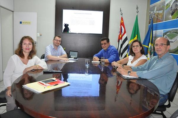 PREFEITURA ORGANIZA CADASTRO GERAL DA BICHARADA