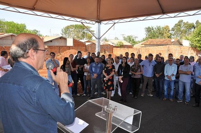 CDHU ANUNCIA 12 CASAS PARA SIMONSEN