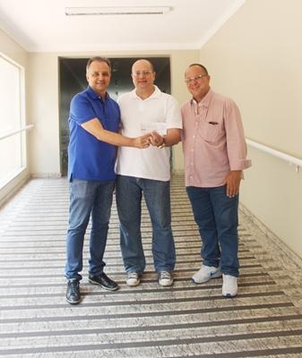 Direito da Unifev repassa mais de R$8 mil para Santa Casa